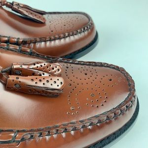 Bass Shoes - Bass Weejuns with Brogue pattern Sz 9 Men's